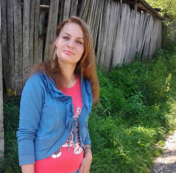 CAMYCAMY60, femeie, 32 ani, Romania