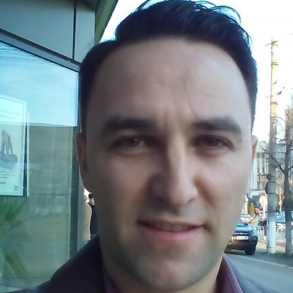Rai_Iulian, barbat, 39 ani, Galati