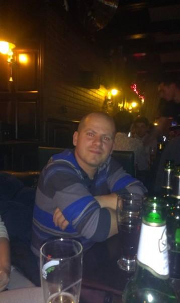 opreageorge78, barbat, 38 ani, Romania