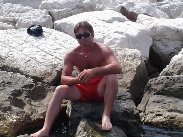mario2503, barbat, 43 ani, Carei