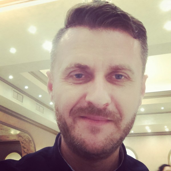 Claudiu_Klau, barbat, 44 ani, Craiova