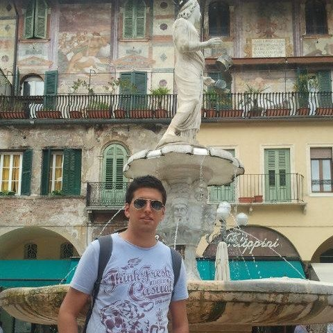 kako12, barbat, 27 ani, Arad