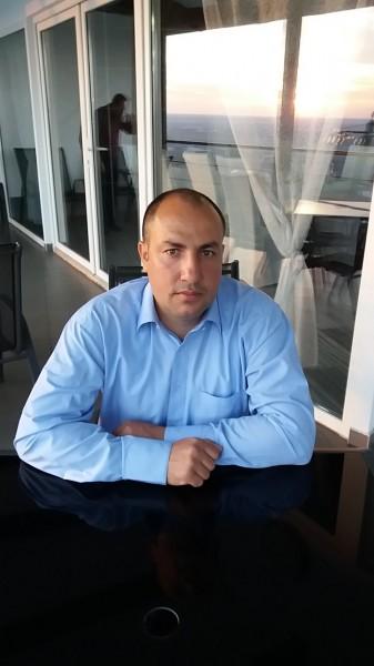 AlexDan79, barbat, 40 ani, Pucioasa