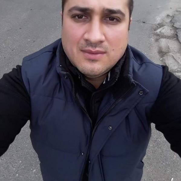 AdrianSC, barbat, 33 ani, BUCURESTI