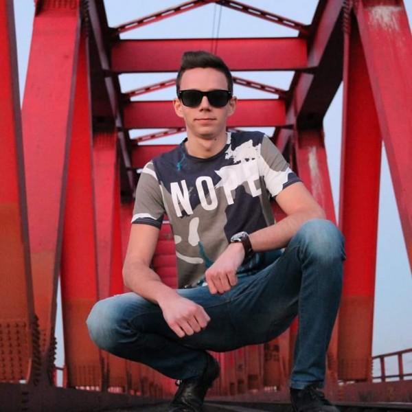 MihaiAlex699, barbat, 29 ani, Arad