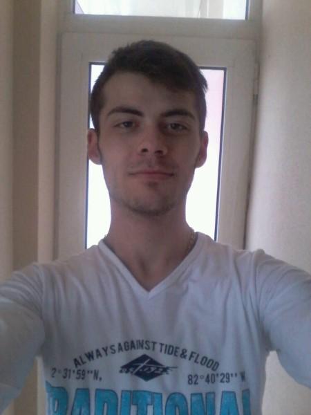 sergiu103, barbat, 23 ani, Galati