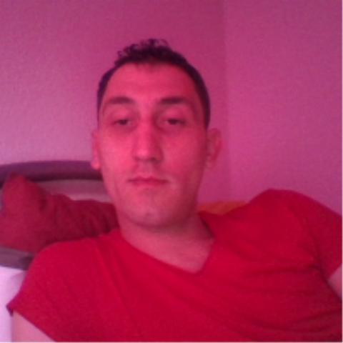davidkiss16, barbat, 39 ani, BUCURESTI