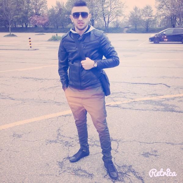 Marcelino5, barbat, 22 ani, Romania