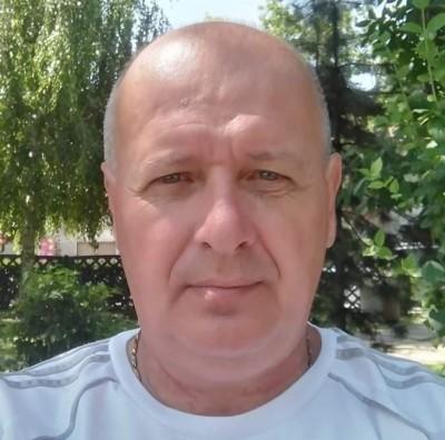 ecypoop, barbat, 59 ani, Arad