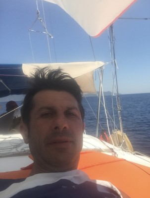Nicos01, barbat, 43 ani, Pitesti