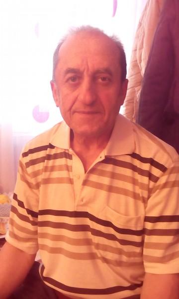 mihaidumitrugarsoniera, barbat, 63 ani, Caracal