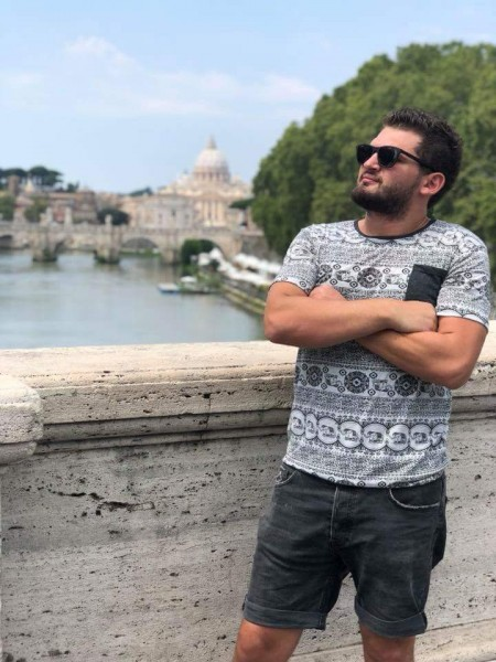 Yasser, barbat, 25 ani, Bacau