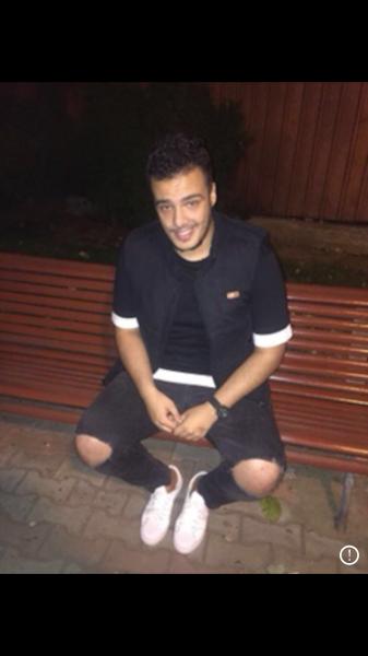 Allberdini, barbat, 25 ani, Romania